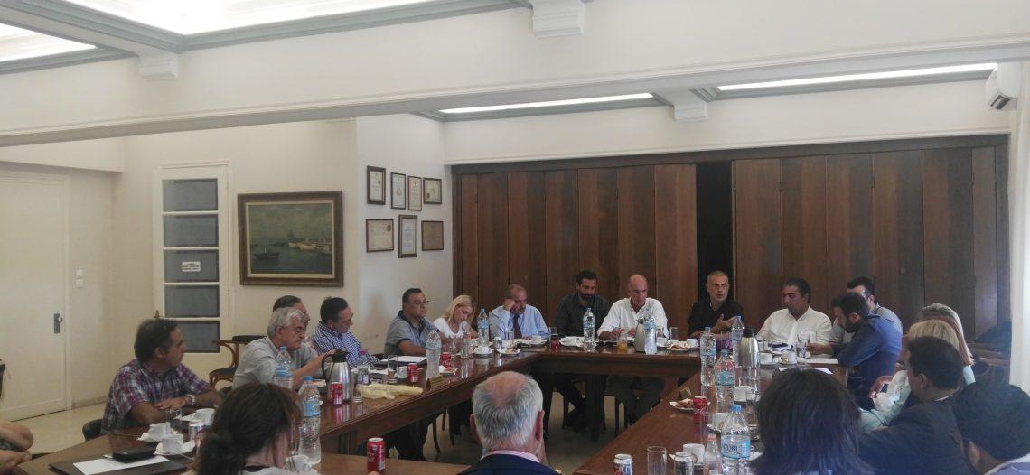 Συνάντηση με τον Δήμαρχο Πειραιά στον ΕΣΠ