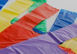 Νέο θεσμικό πλαίσιο για τις πλαστικές σακούλες μεταφοράς